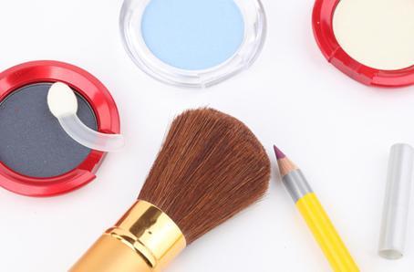 绣购化妆品加盟