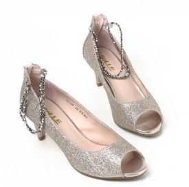 百丽女鞋加盟